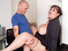 Chubby girl fucked by boss