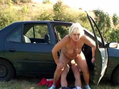 Fucking cum craving granny in the grass