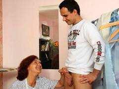 Sewing granny fucked hard in her pussy