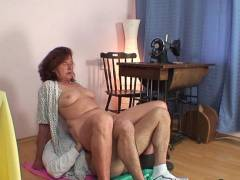 Old pussy slammed with hard dick