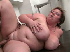BBW sex in her house with stud
