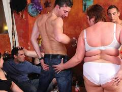Plumper group scene with fun sex