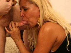 Sexy gothic MILF gets a lot of end-to-end banging